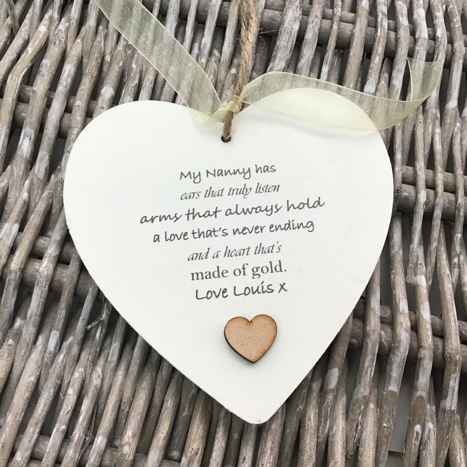 Shabby personalised Gift Chic Heart Plaque Special Nanny ~ Nana Or ANY NAME Gift