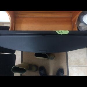2007 Mazda CX-7 rear privacy visor