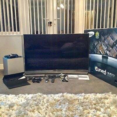 SAMSUNG 55 INCH LED BACKLIT CURVED UHD TV AND SOUNDBAR