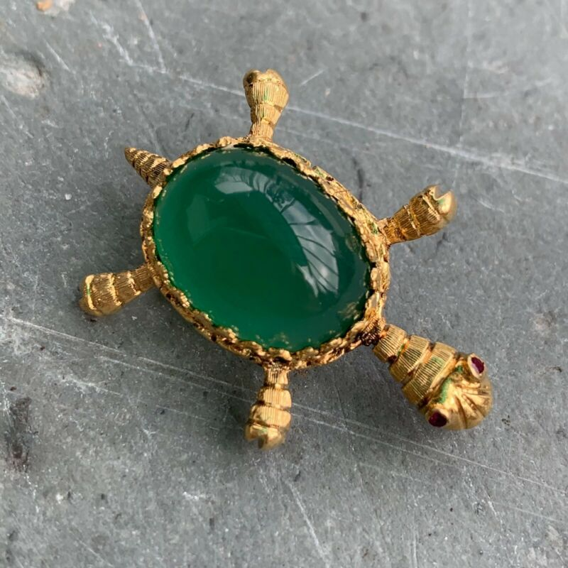 Antique Vintage 18K Gold Green Carnelian and Ruby Turtle Brooch