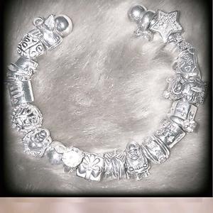 Pandora style bracelet Ringwood Maroondah Area Preview