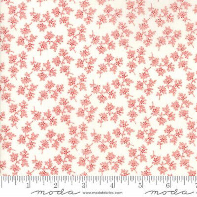 Moda Victoria Floral Beatrice Red/Ivory - 100% cotton Fabric Patchwork Quilting