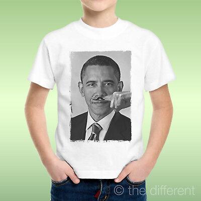 Barack Obama Weißes T-shirt (T-Shirt Kind Junge Barack Obama Finger Baffi Schnurrbart Funny Geschenkidee)
