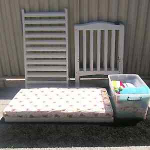 White Cot for baby/toddler with Mattress and Bedding included Canning Vale Canning Area Preview