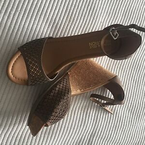 Kenneth Cole Wedge Sandals