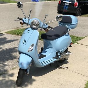 Vespa Piaggio 2009 LX150 excellent condition