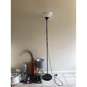 Lots of lamps (floor, table and spot)