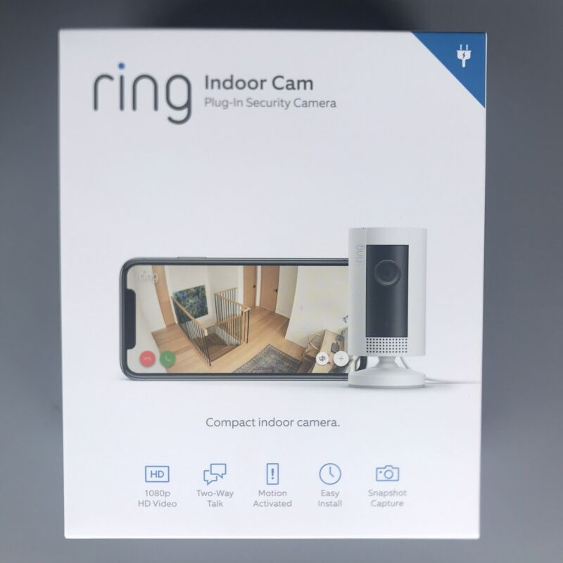 Ring Indoor Cam Plug In HD Security Camera Compact Two Way Talk White