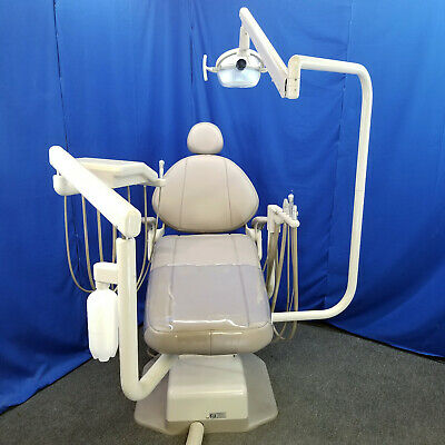 Adec Decade 1021 Dental Chair Operatory Package Delivery Assistant Light