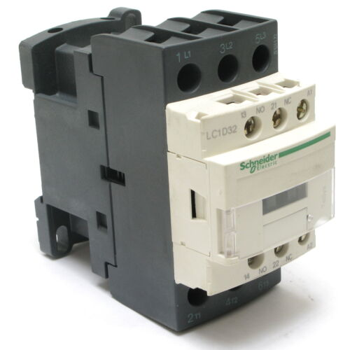 Schneider Electric LC1D32LE7 690VAC 30HP Contactor
