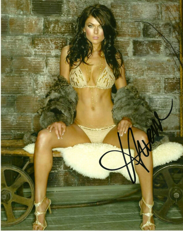 Sexy Serinda Swan Autographed Signed 8x10 Photo COA