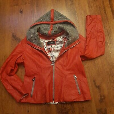 Womens red natural leather jacket very soft and comfy size xl 12-14