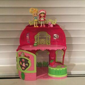 Strawberry shortcake playset and dolls