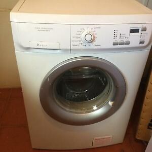 Electrolux 7 kg washing machine for free ( pending pick up) Greystanes Parramatta Area Preview