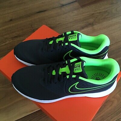Nike Star Runner (GS) Big boys Running Shoes Size 5Y Gray Green
