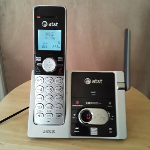 AT&T CL82353 Digital Telephone Answering Machine + Handset NEW BATTERY Dect 6.0