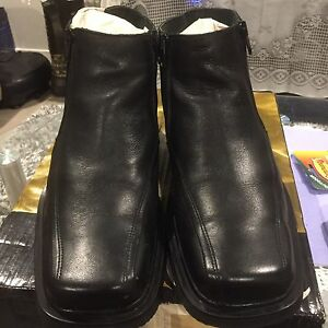 Leather Black Shoes size 43 Mango Hill Pine Rivers Area Preview