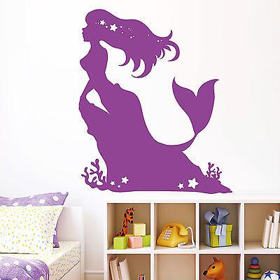 ine Meerprinzessin Meerjungfrau Nixe auf Felsen Ozean  (Kleine Meerjungfrau Tattoo)