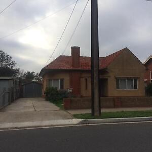 LOCATION , LOCATION Lockleys West Torrens Area Preview
