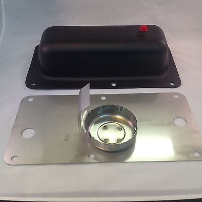 1 1/2 HP John Deere gas tank and oil pan set