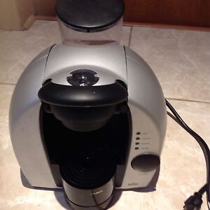 An excellent coffee maker, using K-cups  for $10 only.