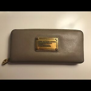 Marc Jacobs Grey Wallet