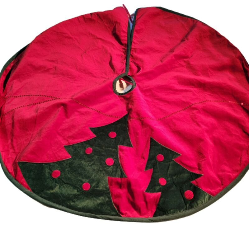 """Christmas Red And Green Trees Tree Skirt 48""""  Thick  Dan Dee READ!"""