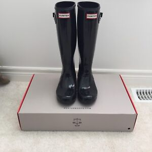 Hunter Boots size 8 black
