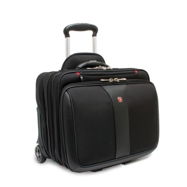 Wenger WA-7453-02F00 Patriot 15.4-inch Laptop Roller Case with Matching Laptop