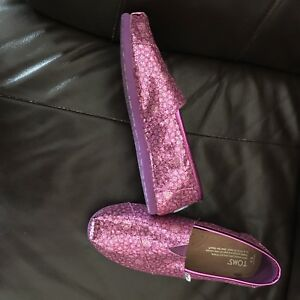 Tom's brand pink glitter shoes