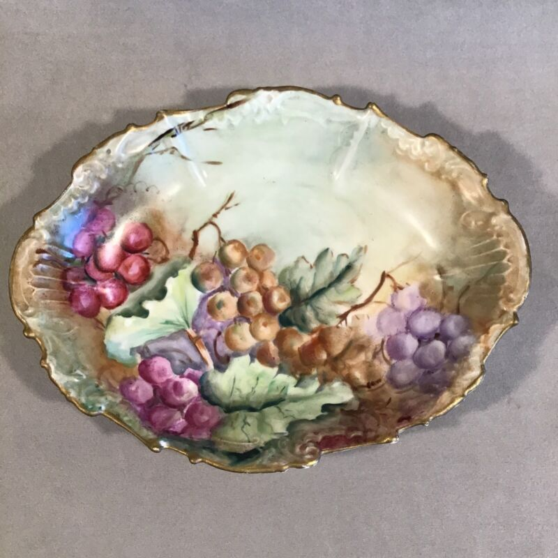 """PV06208 Antique Hand Painted Coiffe & Couty Limoges GRAPES 10"""" Oval Bowl"""