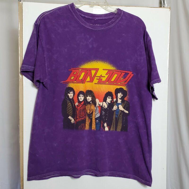 Bon Jovi Rock Band Retro Tee L 80s 90s Long Hair Electric Guitars Rock