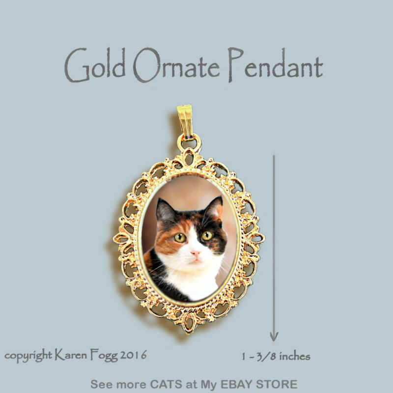CALICO SHORTHAIR CAT - ORNATE GOLD PENDANT NECKLACE