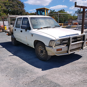 Hilux 22r  auto can deliver Crestmead Logan Area Preview