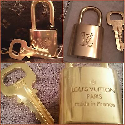 LOUIS VUITTON LOCK KEY PADLOCK POLISHED AUTH - #'S 438, 450 FITS ALL BAGS BOXED