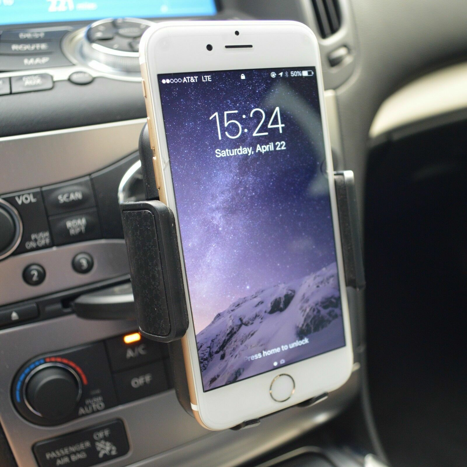 Car Dash CD Slot Mobile Cell Phone Holder Mount for Apple iPhone 7 8 X XR XS MAX Cell Phone Accessories
