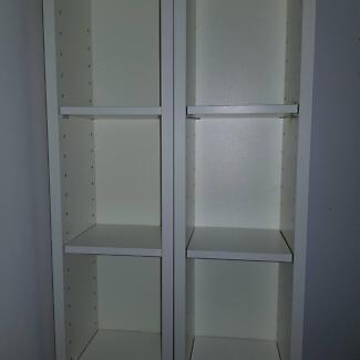 DVD tower in great condition