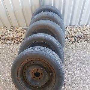 5x Ford AU falcon wheels Wangaratta Wangaratta Area Preview