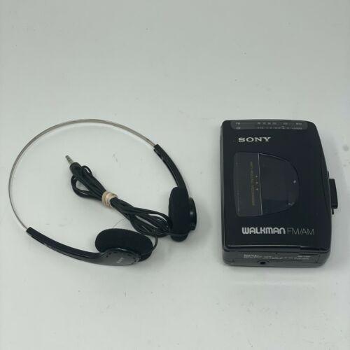 Sony WALKMAN WM-FX10 Portable AM/FM Radio and Cassette Tape Player
