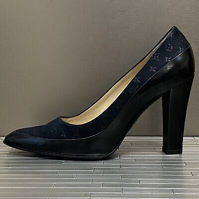 Louis Vuitton Black Leather/Suede Classic Heels w/ Monogram Shoes sz 38 w/box
