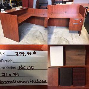 Bureau de réception / Reception Desk