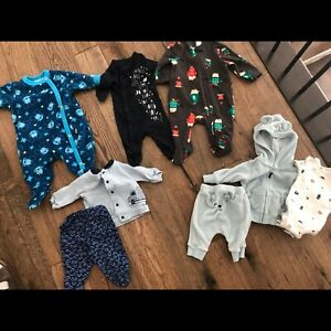 Baby clothes. 0-3mos selling all as a lot. Pics show all items.