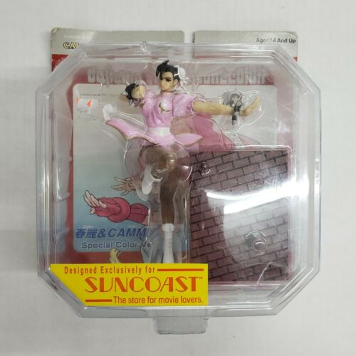 Capcom Street Fighter Chun-Li Toycom Collection Pink Figure Suncoast Exclusive
