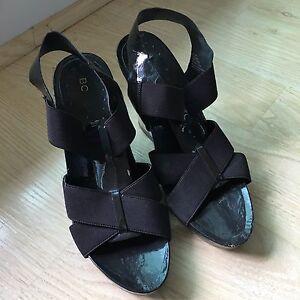 Women's BCBG dark brown wedge sandals - size 6.5