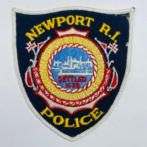 Newport Police Rhode Island Patch (A5-B)