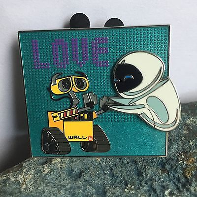 Disney Parks Trading Pin Wall-E Eve 2014 LOVE Hidden Mickey Pixar