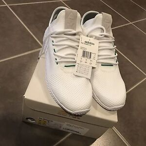 DS Adidas Hu Pharrell Williams 10.5US Point Cook Wyndham Area Preview