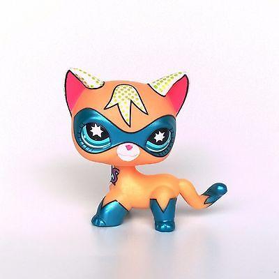 Littlest Pet Shop masked super hero Short Hair cat LPS toys Comic Con Kitty