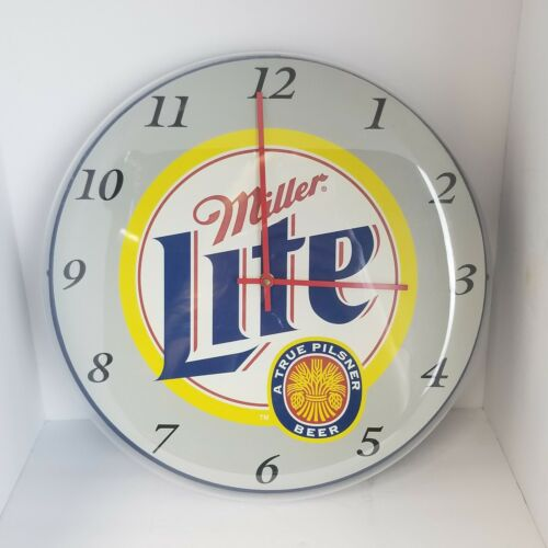 Miller Lite Clock Quartz USA Battery Operated Vintage Works Plastic 2001