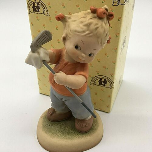 Enesco Memories of Yesterday You wont catch me being a golf widow Figurine 1992